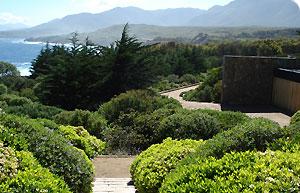 Around-the-world-in-80-gardens4